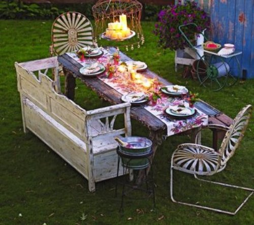 3-Shabby-Chic-Outdoor-Living-Spaces