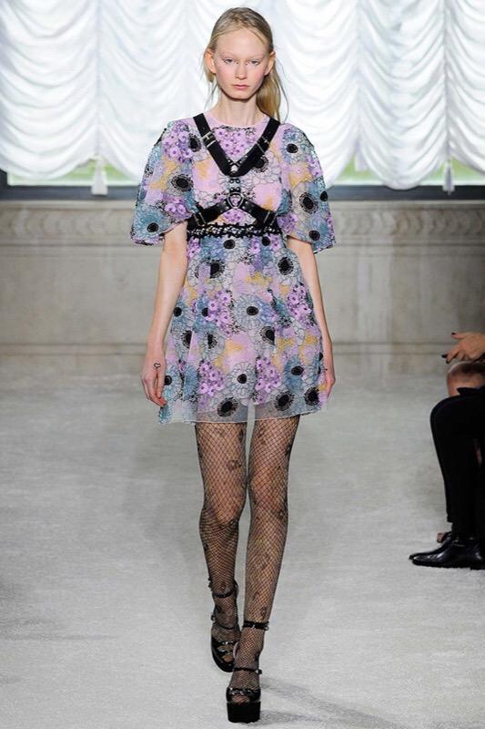 Calze A Rete Come Indossarle Carla Gozzi Style Coach Fashion Magazine